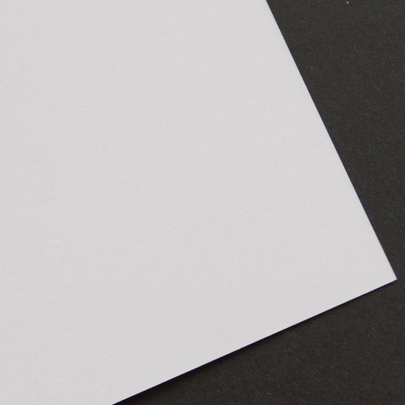 UPM Картон COLOR FINE белый 300г/кв.м 720х1020мм