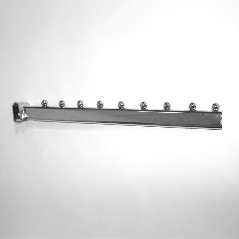 Аксессуары на овальную трубу для торгового оборудования: Кронштейн 400мм, 9 шариков, хром. - U5018