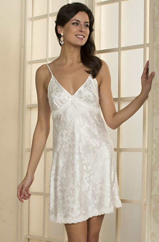 Белая ночная сорочка с жаккардовым принтом