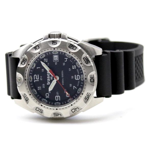 Мужские часы мужские часы с каучуковым ремешком, более моделей.