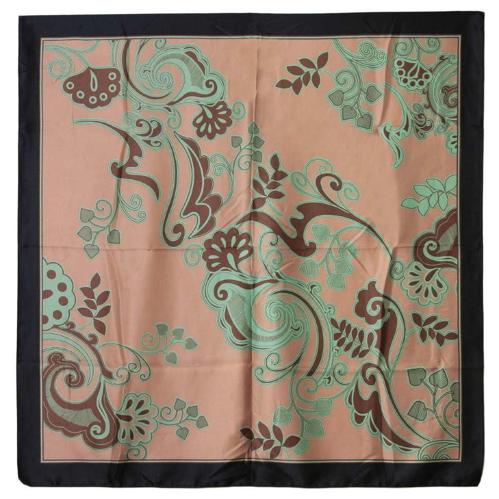 Красивый женский платок с узорами 52432