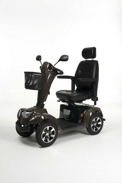 Электрическая инвалидная кресло-коляска (скутер) Vermeiren Capro 4 LE
