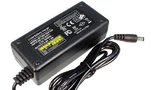 Зарядное устройство Battery Pack для Li-Ion аккумуляторных батарей 8,4В; 1,5А 204 арт
