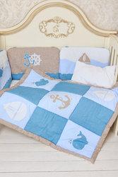 Одеяло стеганное с аппликацией