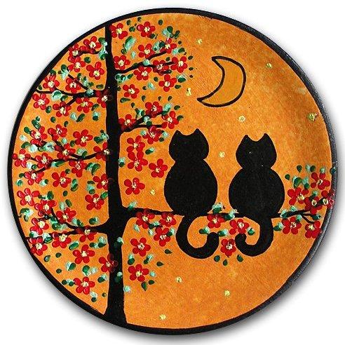 Декоративная тарелка Коты на вишне, оранжевый фон, дизайн 1 (15 см)