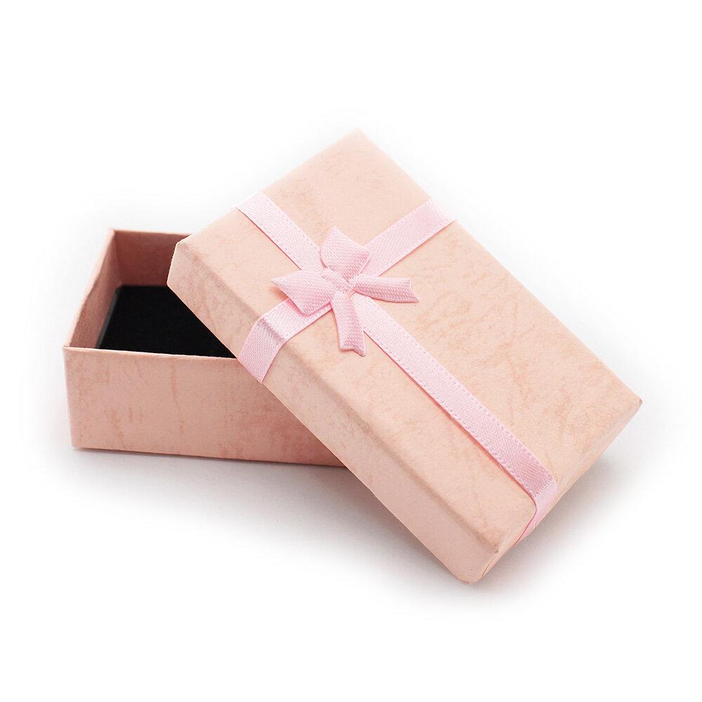 Коробочка подарочная розовая