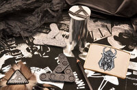 Пряжка для ремня с кожаной вставкой с принтом. Коллекция Elole Design (белый, Волк-самурай; нат. кожа)