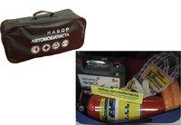 Набор автомобилиста сборный - сумка, огнетушитель, аварийный знак, авто аптечка, буксировочный трос 5т, жилет светоотражающий, перчатки
