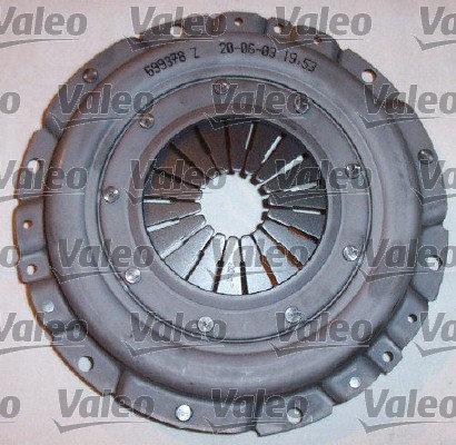 Комплект сцепления без выжимного Valeo арт. 826935