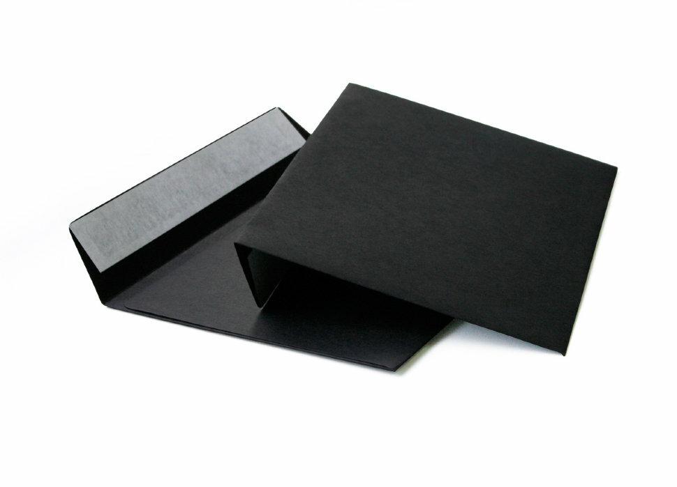 Конверты черные C6, 114x162, 120г/м2, прямой клапан, лента, 100шт/уп