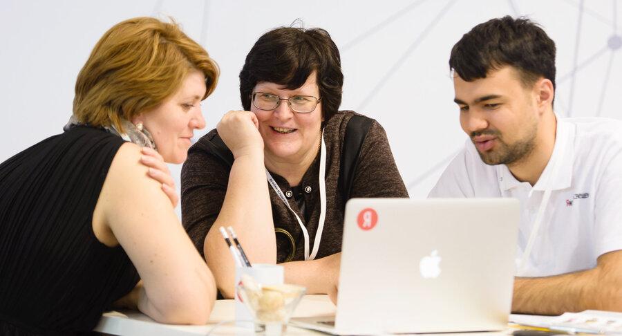 500 тысяч учителей научатся работать в условиях цифрового мира на наших программах повышения квалификации