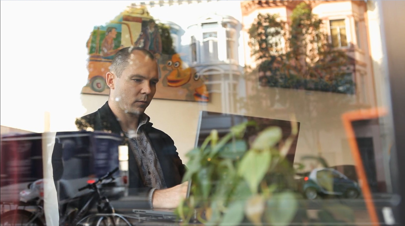 Разработчик игры Braid Джонатан Блоу, который выпустил её в одиночку