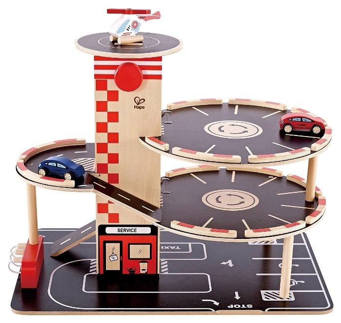 Hape Игровой набор парковка, вертолетная площадка E3002