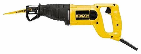 Пила DeWALT DW303K