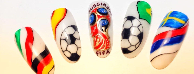 Как нарисовать на ногтях футбольный мяч — рекомендации в Журнале Маркета a25377eab1d85