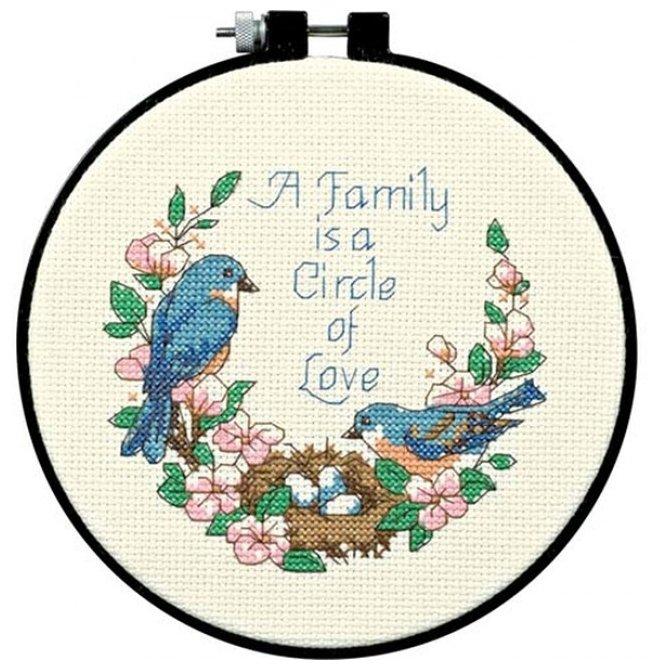 Dimensions Набор для вышивания крестиком Любовь в семье, диаметр 15 см (72900)