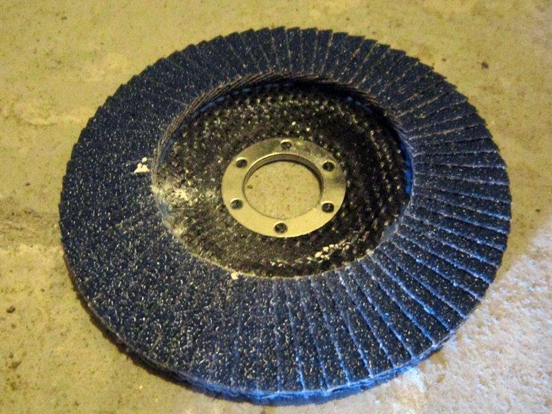 Купить зачистной диск для болгарки по бетону стены монолитный бетон