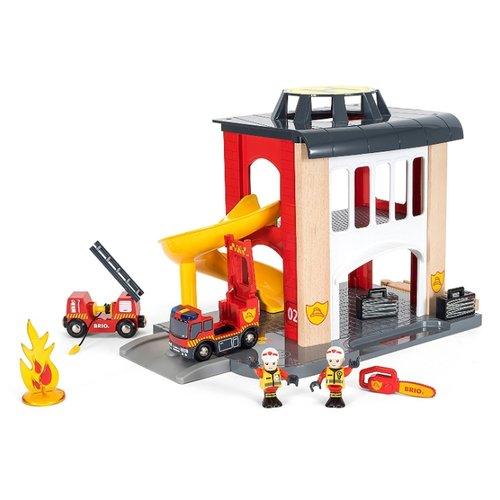 Купить Brio Игровой набор Пожарная станция 33833 красный/белый/серый, Детские парковки и гаражи