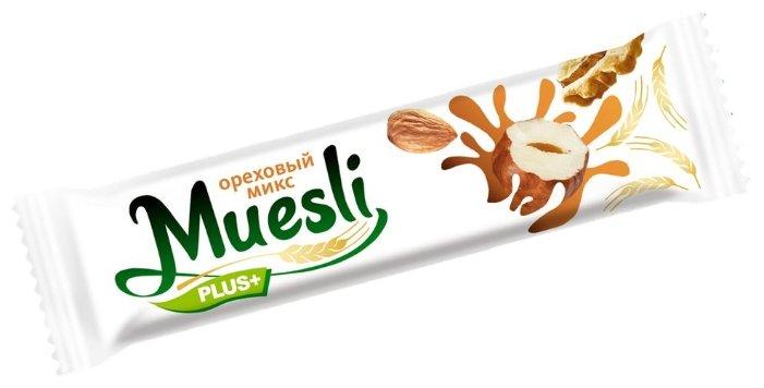 Ореховый батончик Muesli plus в белой и темной глазури Ореховый микс, 6 шт