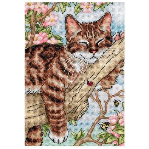 Dimensions Набор для вышивания крестиком Спящий котенок 13 х 18 см (65090) dimensions набор для вышивания морские сокровища 20 х 10 см 65035