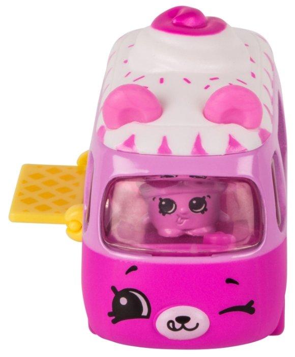 Игровой набор Moose Cutie Car с фигуркой Shopkins Ice Cream Dream Car 56588