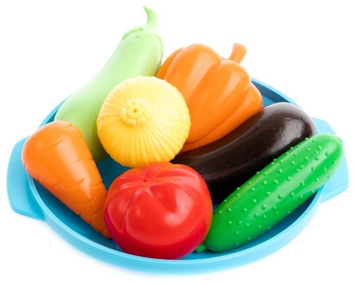 Набор продуктов с посудой Пластмастер В огороде 21064