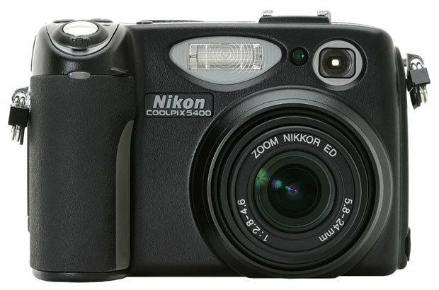 Фотоаппарат Nikon Coolpix 5400