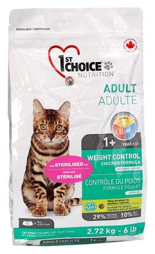 Корм для стерилизованных кошек 1st Choice Adult для профилактики МКБ, с курицей 2.72 кг