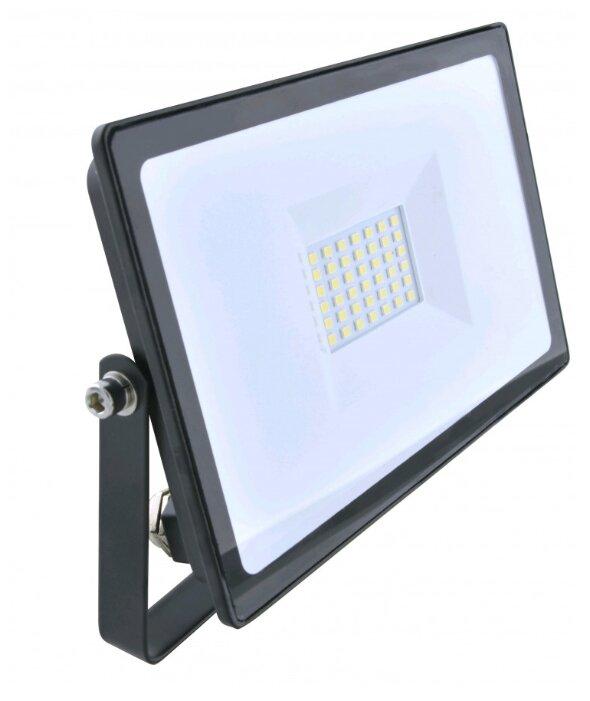 Прожектор светодиодный 30 Вт КОСМОС K-PR5-LED-30 — купить по выгодной цене на Яндекс.Маркете