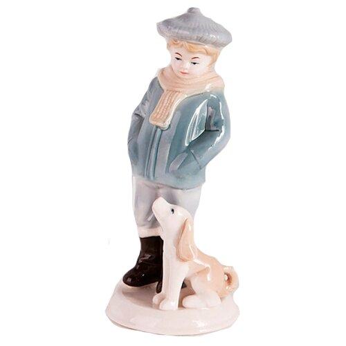 цена на Фигурка SNOWMEN Мальчик с собакой, 19 см белый/синий