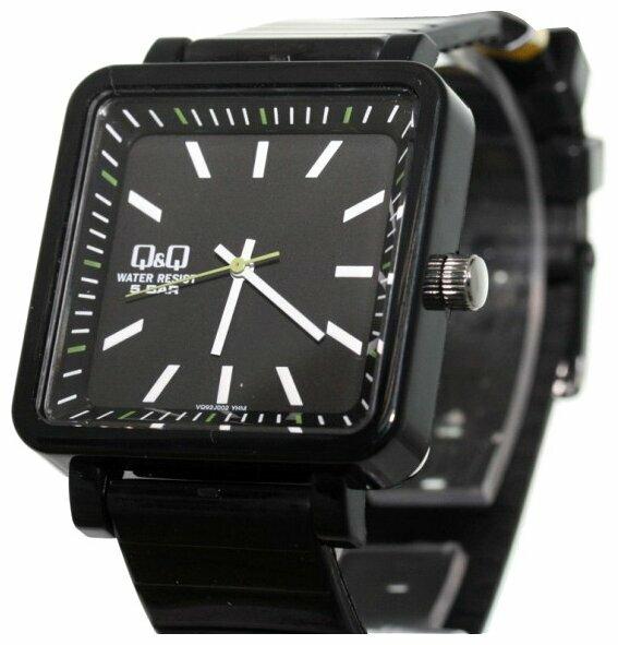 Наручные часы Q&Q VQ92 J002