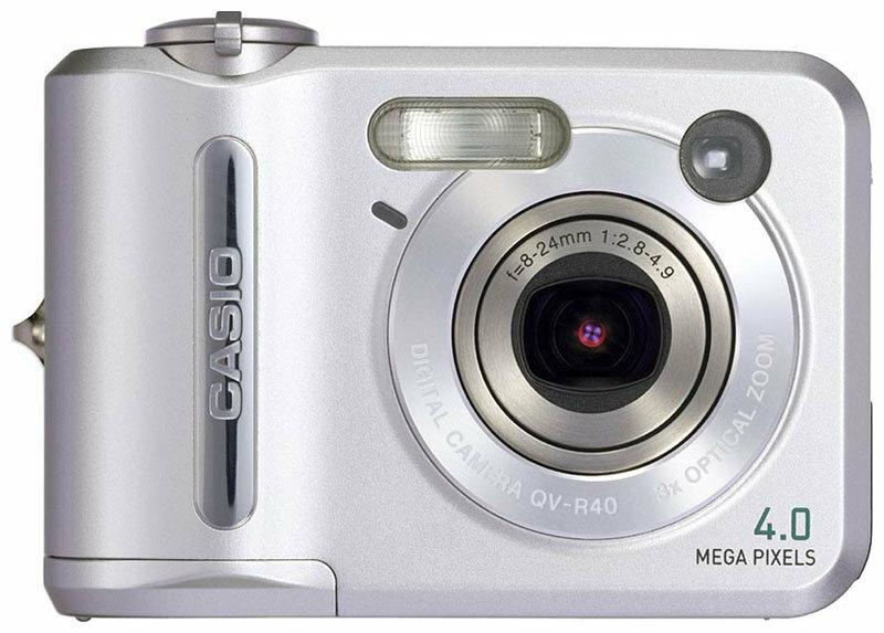 Фотоаппарат CASIO QV-R40