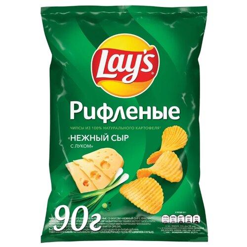 Чипсы Lay's картофельные Нежный сыр с луком рифленые, 90 г недорого