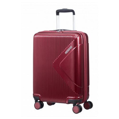 Чемодан American Tourister Modern Dream S 35 л, wine red чемодан american tourister wavebreaker 64 л mickey comics red