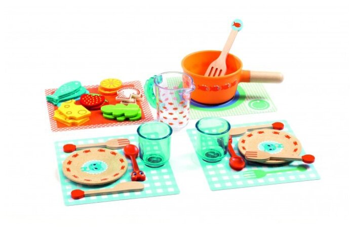 Набор продуктов с посудой DJECO Котята, к столу! 06547/19