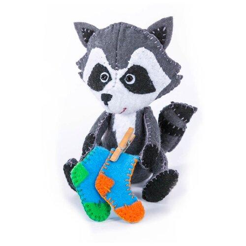 Перловка Набор для создания игрушки из фетра Крошка енот (ПФД-1061).