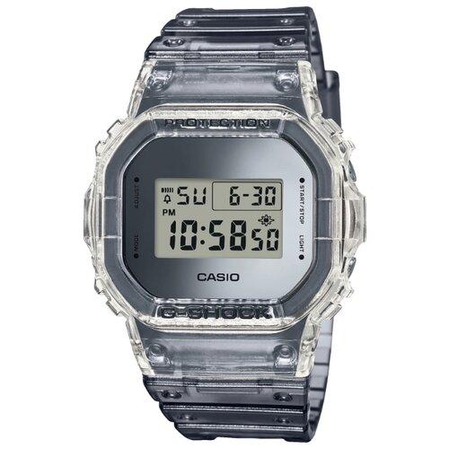 Наручные часы CASIO DW-5600SK-1E часы casio dw 6900bb 1e черный
