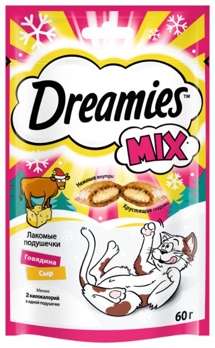 Лакомство для кошек Dreamies Подушечки Mix говядина, сыр