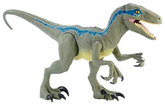 Фигурка Jurassic World Колоссальный велоцираптор Блю (Mattel)