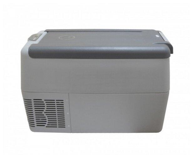 Автомобильный холодильник indel B TB31