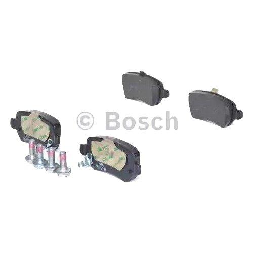 Дисковые тормозные колодки задние Bosch 0986424646 для Opel Astra, Opel Zafira (4 шт.) дисковые тормозные колодки задние bosch 0986424646 для opel astra opel zafira 4 шт