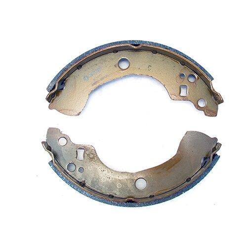Барабанные тормозные колодки задние Fenox BP53051 для Nissan Almera, Nissan Bluebird (4 шт.)