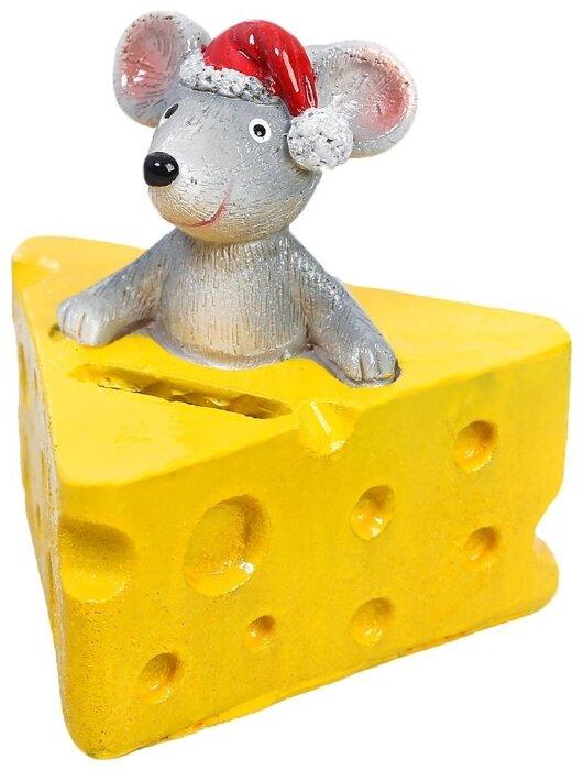 Копилка Зимнее волшебство Мышка в сыре, Полистоун, 10 х 10 х 10 см