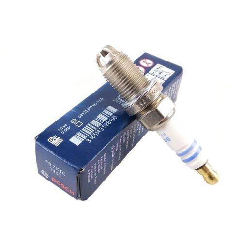 Свеча зажигания Bosch FR 7 KTC (0 242 235 766) 1 шт.