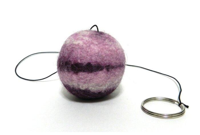 Мячик для кошек и собак LIVEZOO Wool