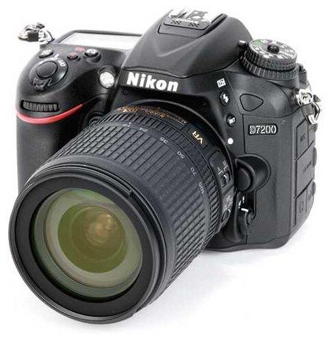 Nikon Зеркальный фотоаппарат Nikon D7200 Kit