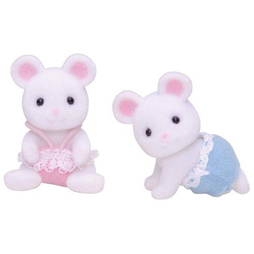 Купить Фигурки Sylvanian Families Белые мышата-двойняшки 3221, Игровые наборы и фигурки
