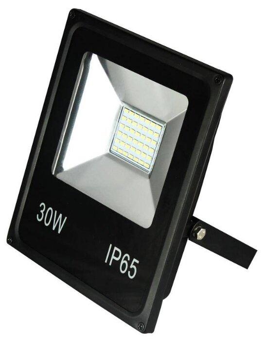 Прожектор светодиодный 30 Вт Falcon Eye FE-CF30LED-pro