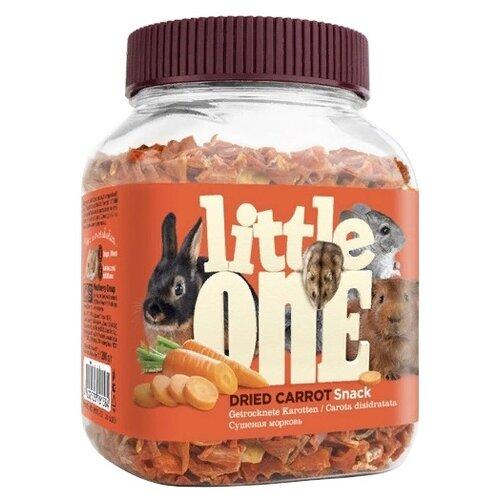 Фото - Лакомство для кроликов, грызунов Little One Snack Dried carrot 200 г little one snack puffed grains лакомство для грызунов воздушные зерна 100 гр