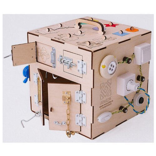 Бизиборд Бизикуб с розеткой для девочек Геометрические фигуры и насекомые мультиколор